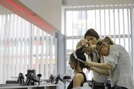 フリー写真画像: 美容室, プロ, サービス, 髪型, ミラー, ワーク ショップ, 女性, 写真のモデル, 人々, 人