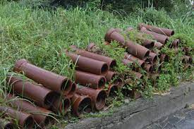 File:Tokoname clay pipes ac (2).jpg - Wikimedia Commons