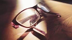 フリー写真画像: 眼鏡、メガネ、レンズ、影、オブジェクト